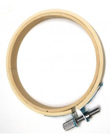 Houten borduurring 15 cm diameter